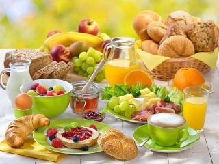 Собирать пазл Завтрак со вкусом онлайн