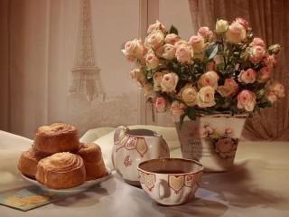 Собирать пазл Завтрак в Париже онлайн