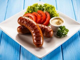 Собирать пазл Жареные колбаски онлайн