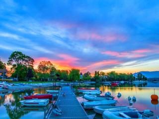 Собирать пазл Женевское озеро онлайн