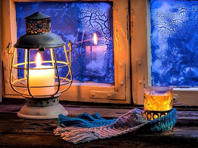 Пазл Собирать пазлы онлайн - Зимнее окно