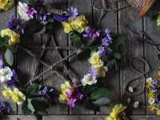 Собирать пазл Звезда в цветах онлайн