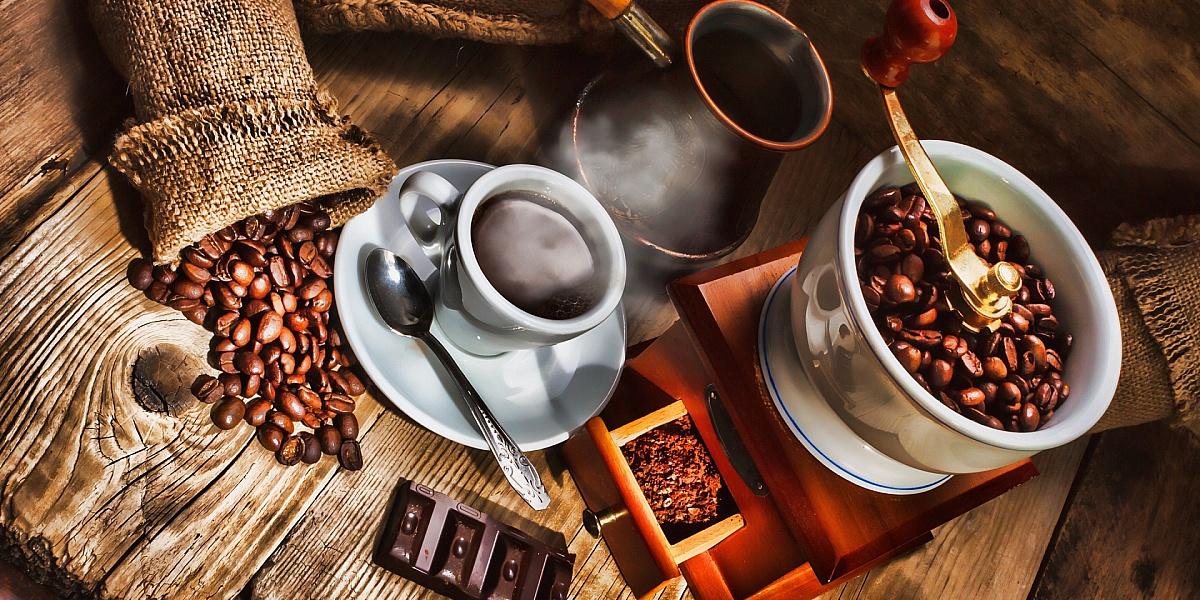 Пазл Собирать пазлы онлайн - Готовим кофе