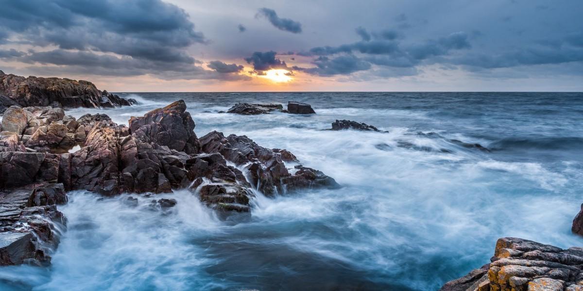 Пазл Собирать пазлы онлайн - Море и скалы