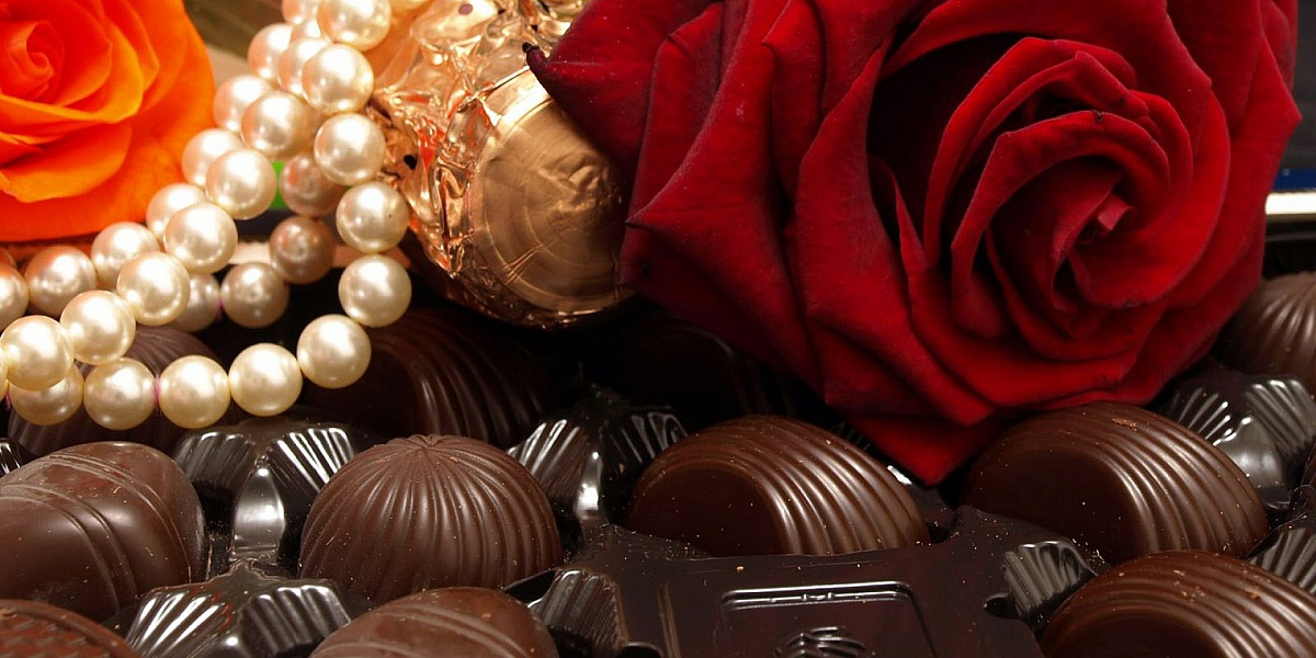 Пазл Собирать пазлы онлайн - Роза в шоколаде
