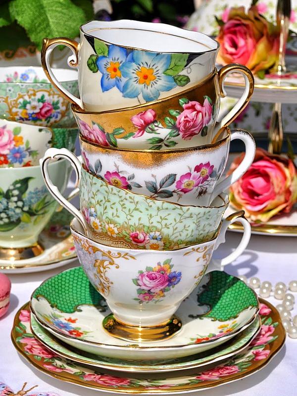 Пазл Собирать пазлы онлайн - Чайные чашки
