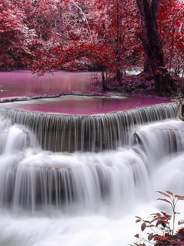каток водопады обои на телефон вертикальные поселили здании стекла
