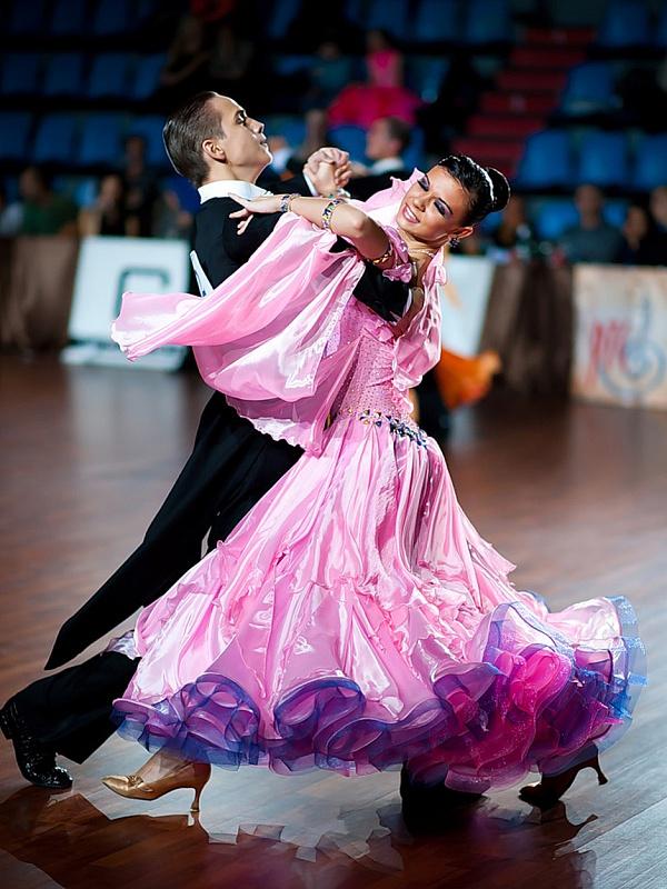 Пазл Собирать пазлы онлайн - Спортивные танцы